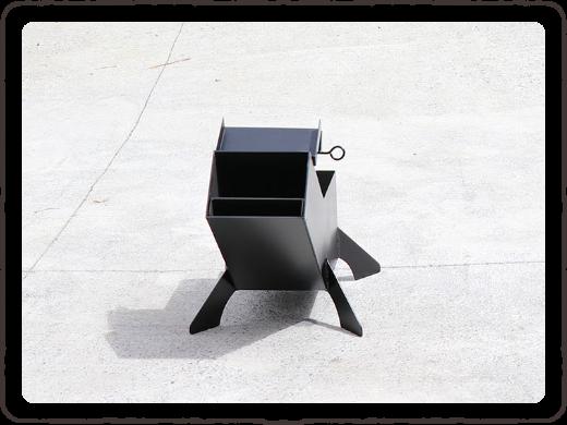写真:ストーブ本体を平らな場所に設置します。